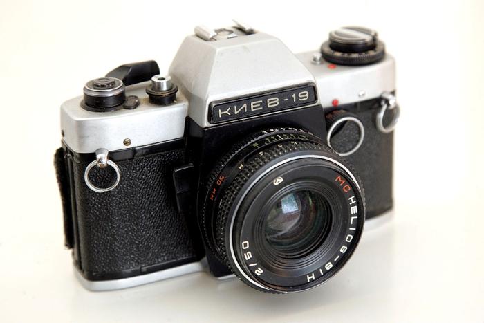 более-менее приличный фотоаппарат