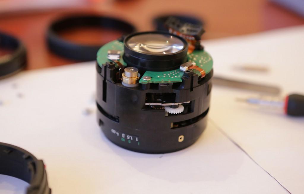 canon 50mm f1.4 в разобранном виде