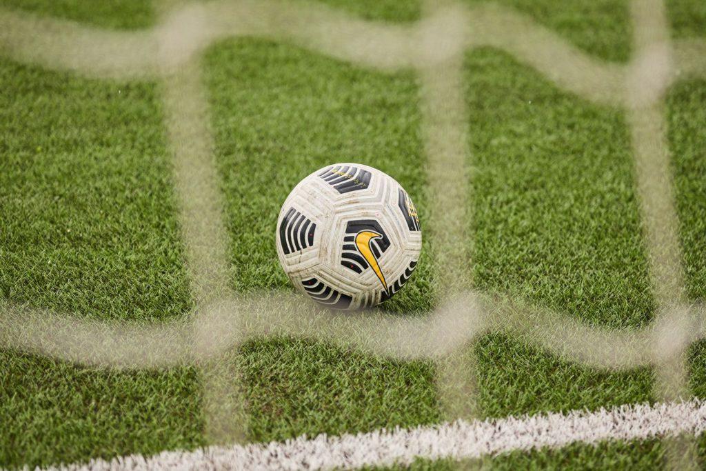 мяч в футболе