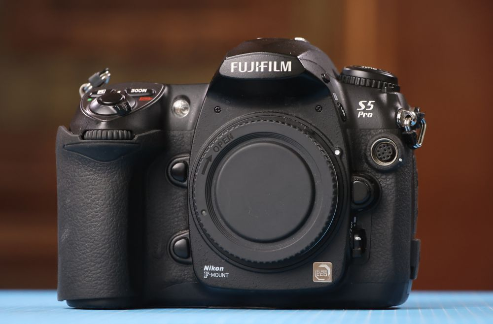 fujifilm s5pro